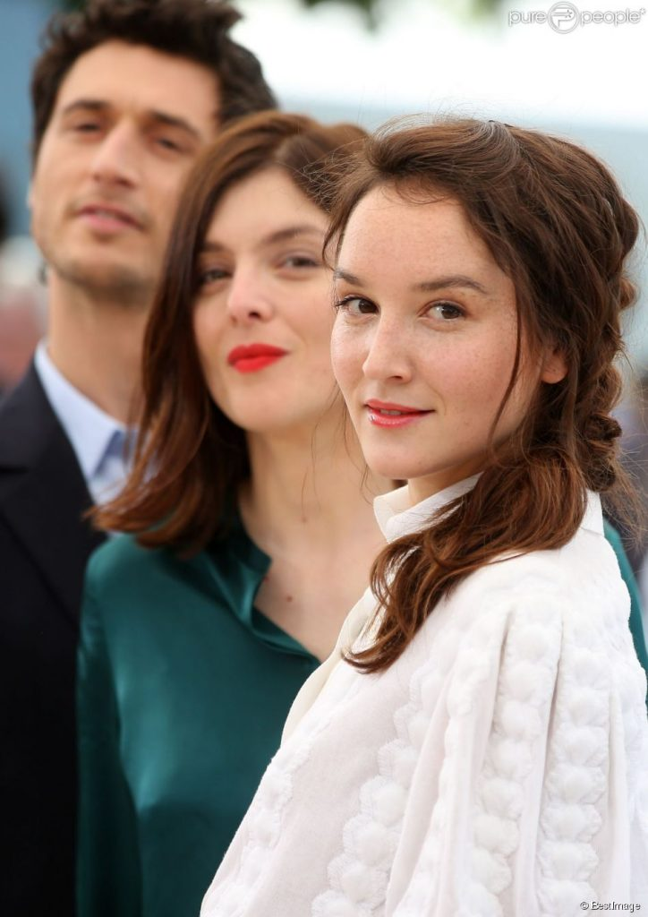 """""""a movie about incest - Valérie Donzelli at Cannes Festival 2016 with her actors"""""""