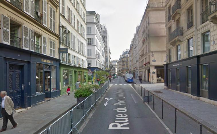 """""""Pont Louis Philippe - François Miron streets"""""""