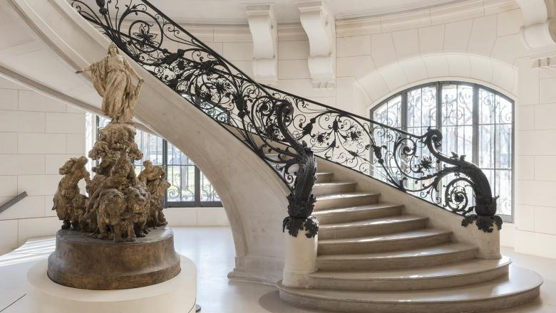 """Parisian Art Gallery - Petit Palais, stairs"""