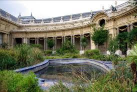 """Parisian Art Gallery - Garden Petit Palais"""