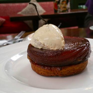 """brasserie bistrot or restaurant - La Closerie des Lilas"""