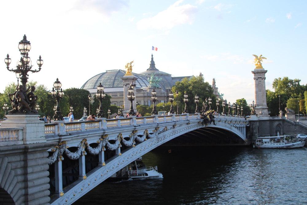 """""""Parisian café terraces - Pont Alexandre III et Rosa Bonheur"""""""