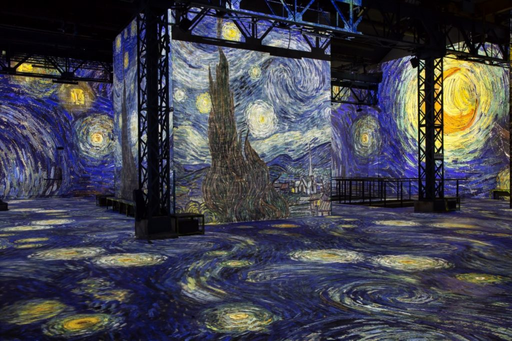 """Modern Art in Paris - L'atelier des Lumières"""