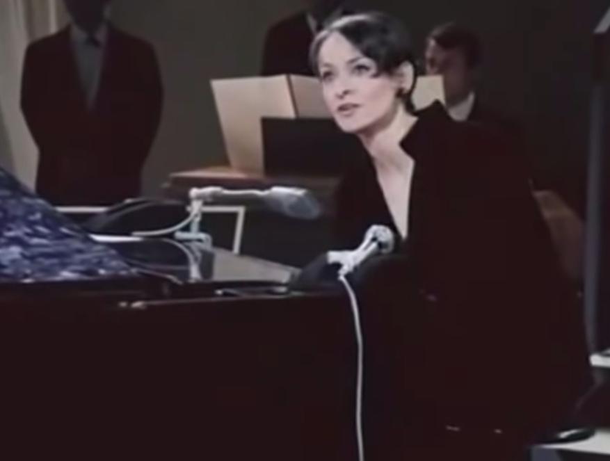 """Top 5 French songs - Gottingen Barbara"""