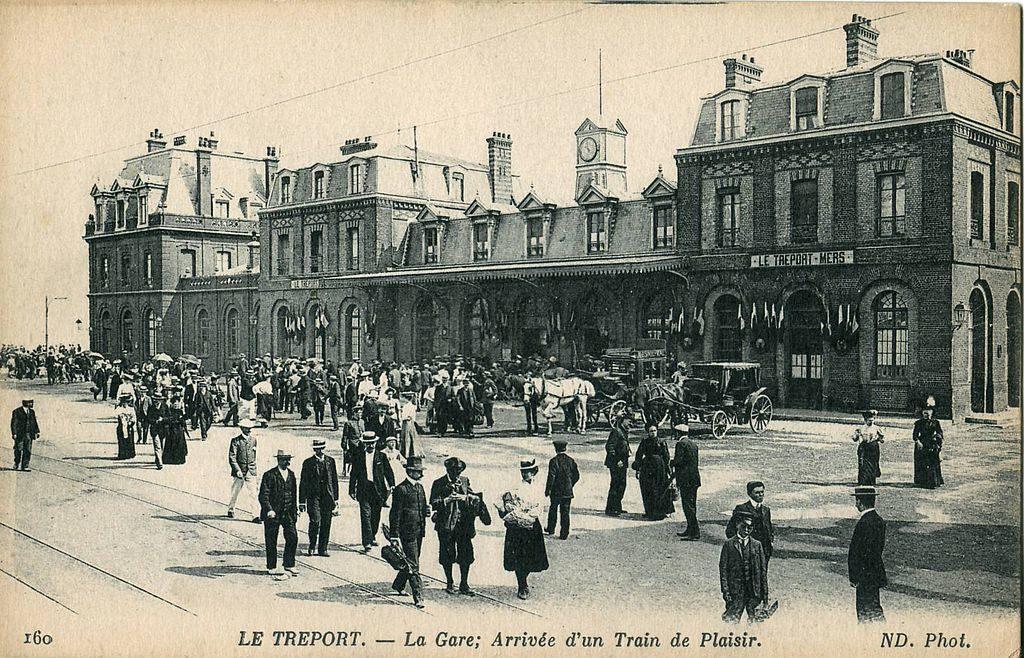 """""""Paris Deauville - Le Tréport et sa gare 1872"""""""